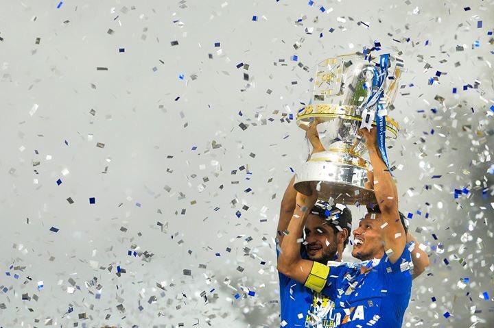 #FelizDiaDosNamorados, @Cruzeiro! 💚💛  📸: Staff Images https://t.co/0GGLW5Qljy