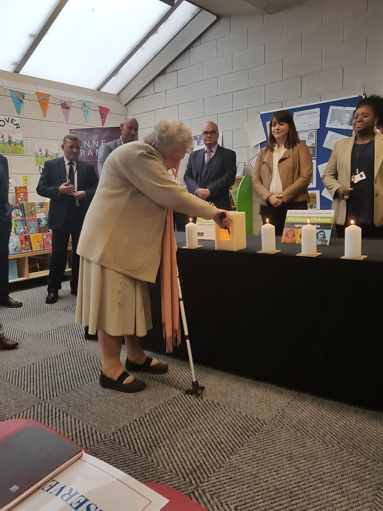 A very poignant moment took place in #ParrLibrary this morning. Renee, who had recently turned 90 in March lit our special @HMD_UK candle as we remembered #AnneFrank on what would've been her 90th birthday    #IStandWithAnne #AnneFrank90 #anneat90<br>http://pic.twitter.com/QmnieY02mK