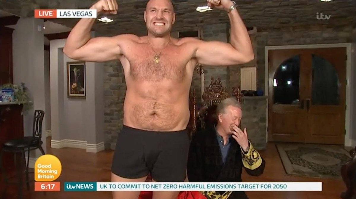 🤷♂️ How else do you expect Tyson Fury to round off a breakfast TV interview?[📽️@GMB]