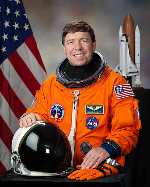 We are looking forward to welcoming Dr Mike Barratt, #NASA astronaut & #surgeon to @UniofExeter to deliver his open talk Sea Faring and Space Faring on 20th June, as part of @ExeterMed MSc Extreme Medicine programme with @extremeexpo. Still time to join us https://bit.ly/2IaYuZf