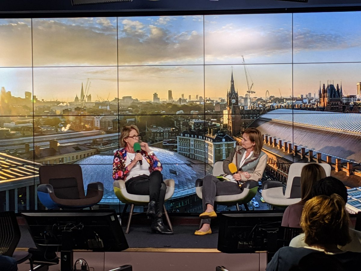 .@accelerate_HER amazing women and men at this event to promote gender diversity in tech Now Mary Lou Jepsen of openwater 'if people aren't laughing at the scale of your ambition - then be bolder' with  @Magda_Skipper editor in chief of Springer Nature