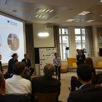 Image for the Tweet beginning: Jean-Pierre Riche, fondateur d'@Orygeen_fr, reçoit