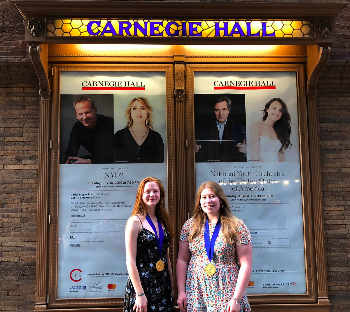 Highlights from The National Scholastic Arts Ceremony in New York!  Congratulations again to Willow Boswinkle, Carmina Lopez, Oliver Bullington-McGuire, (not pictured) Carlos Lemus Acevedo and Liliana Gallegos! <a target='_blank' href='http://twitter.com/APSArts'>@APSArts</a> <a target='_blank' href='http://twitter.com/WHSHappenings'>@WHSHappenings</a> <a target='_blank' href='http://twitter.com/principalWHS'>@principalWHS</a> <a target='_blank' href='https://t.co/TUtz58OU4G'>https://t.co/TUtz58OU4G</a>