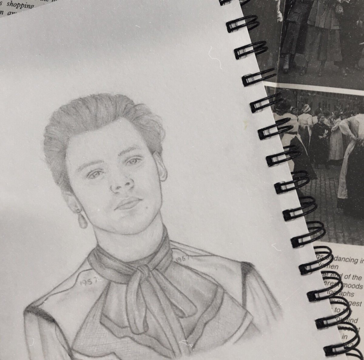 — Met Gala. Harry Styles 2019       my first time drawing him :))) <br>http://pic.twitter.com/xDigIcBklL