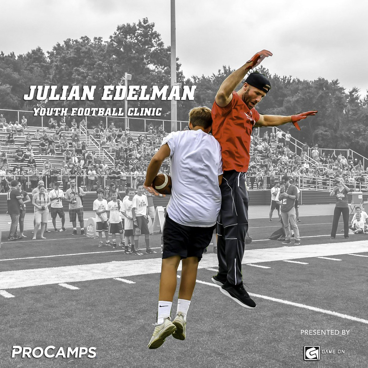 Who's getting ready to get to work? My Youth Football Clinic with @ProCamps presented by @GOMouthguards is less than two months away… head to JulianEdelmanClinic.com for more info 🏆