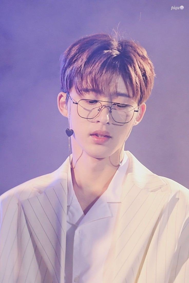 [JUNE 12 , 2019] KIM HANBIN A 22-YEAR OLD MAN WHO'S STARTING TO BUILT HIS CAREER BUT A SO-CALLED DISPATCH RUINED EVERYTHING AND ANOTHER SO-CALLED COMPANY DIDN'T EVEN DEFEND HIM NOR PROTECT HIM. NOW I BOWED DOWN AND RAISE MY MIDDLE FINGER TO THOSE SO CALLED BULLSHTS#SueDispatch