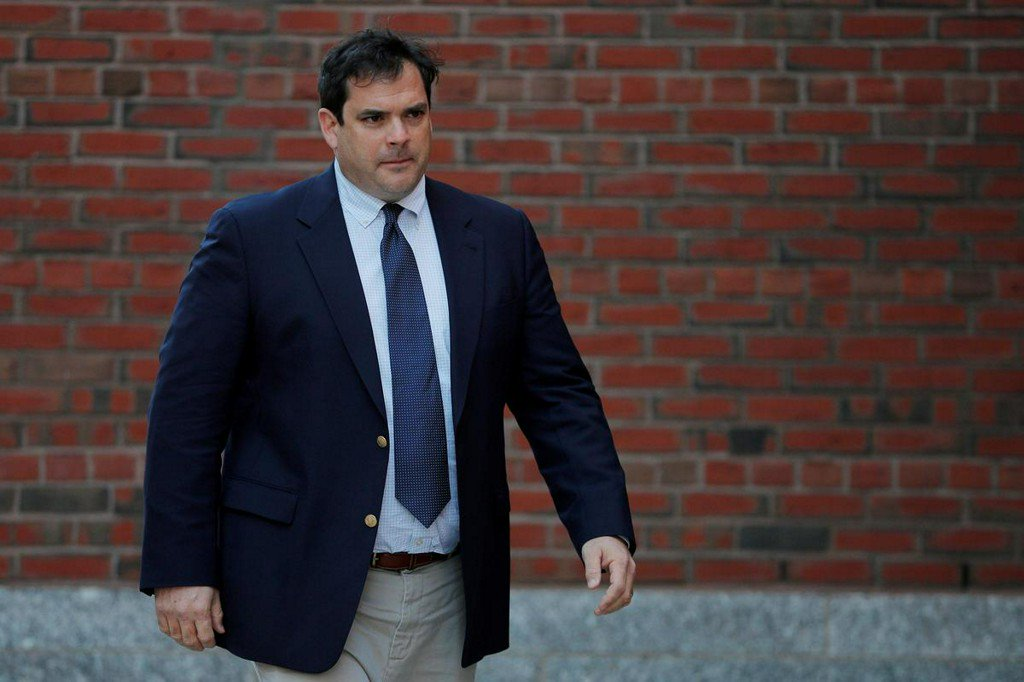 Ex-Stanford sailing coach faces sentencing in U.S. college scandal http://www.reuters.com/article/us-usa-education-cheating-idUSKCN1TD15A?utm_campaign=trueAnthem%3A+Trending+Content&utm_content=5d0114c7fe86c30001b480a1&utm_medium=trueAnthem&utm_source=twitter …