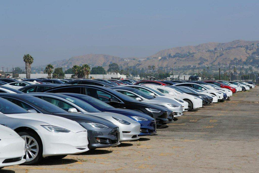 Wall Street split on Tesla 2019 delivery promises http://www.reuters.com/article/us-tesla-stocks-idUSKCN1TD1A7?utm_campaign=trueAnthem%3A+Trending+Content&utm_content=5d011973ba8a6c00014d2c36&utm_medium=trueAnthem&utm_source=twitter…