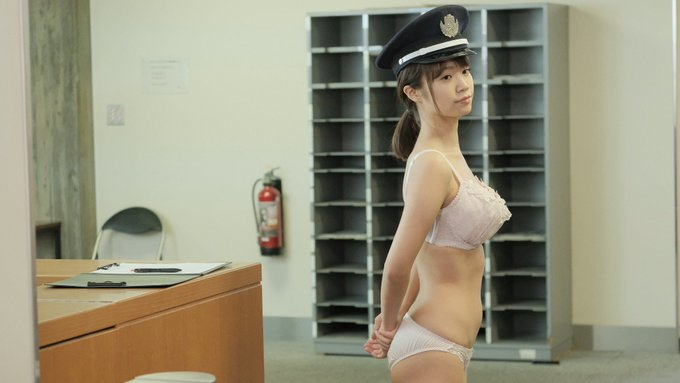 グラビアアイドル菜乃花のTwitter自撮りエロ画像32