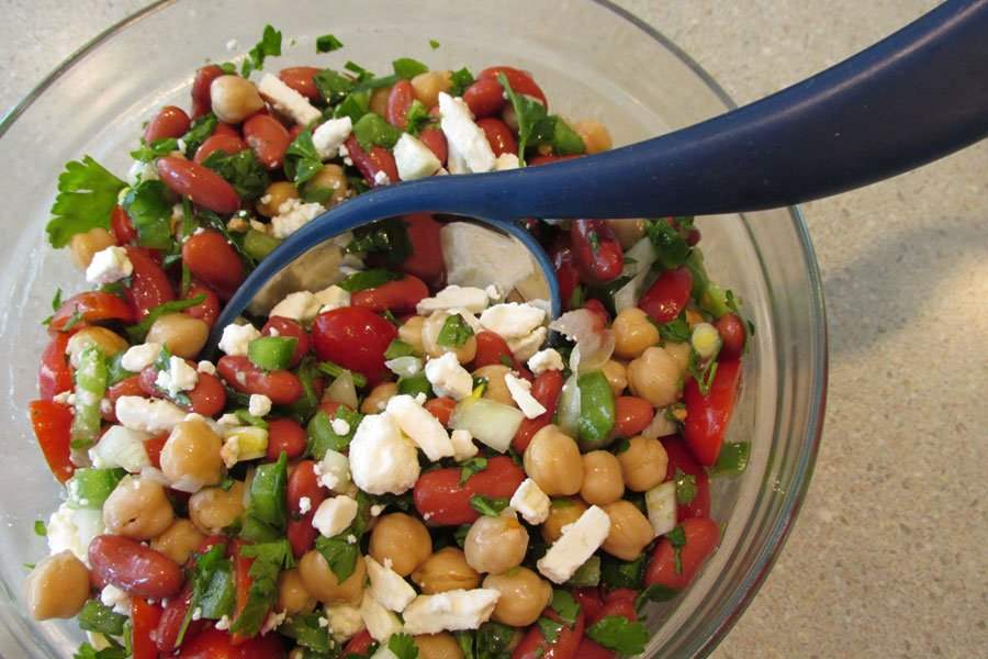 Our Mediterranean Bean Salad recipe is a great #summer side that won't weigh you down: https://t.co/nHw8vCJdw2 https://t.co/O4CZW5dOCa