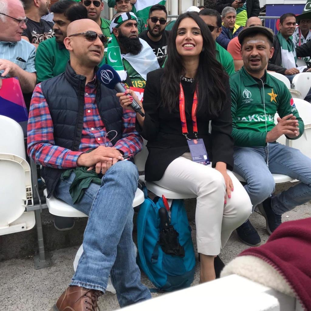 Look who @ZAbbasOfficial found in the crowd at Taunton!Their chat coming up soon 😎#CWC19