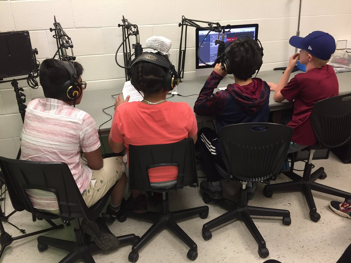 "Podcasting live from ""Studio W""!! We are so excited to see our brand new @wmwtrailblazers Media Studio in such great use. Gr. 6s designing podcast episodes to educate their peers about the UN's Sustainable Development Goals. Thank you, @UGDSB_SHSM!! @wmwtrailblazers @ugdsb"