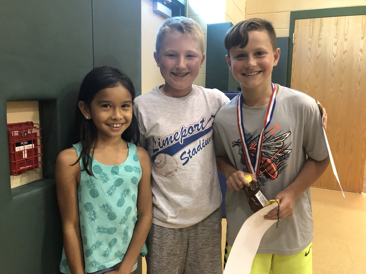 Proud of our fourth and fifth grade Spelling Bee winners! #EastPennProud #willowlanerocks @EPSDWillowLane