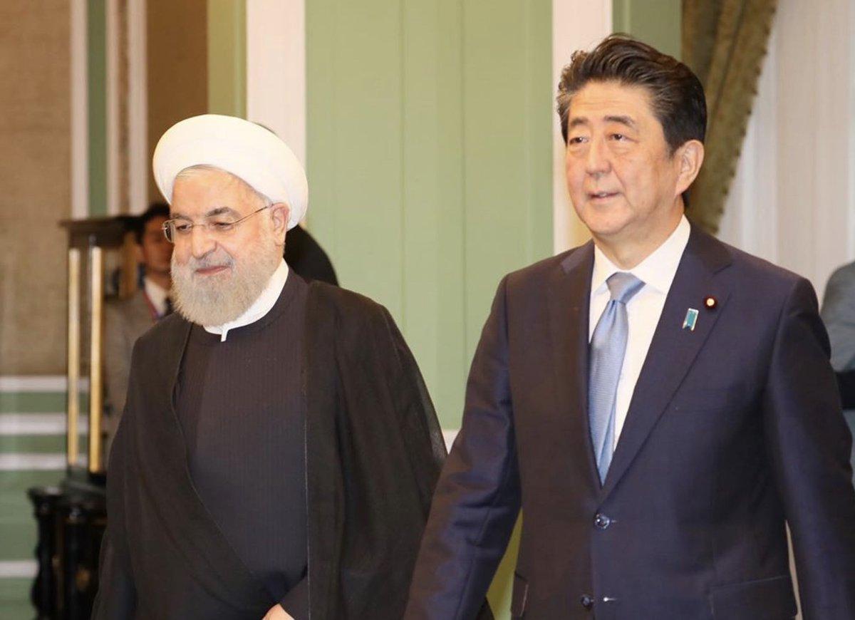 ローハニ大統領との首脳会談に臨みました。中東地域、そして世界の平和のために、日本はこれからも、決して諦めることなく、出来うる限りの役割を果たしていく決意です。 今日の会談は、その最初の一歩になると確信しています。