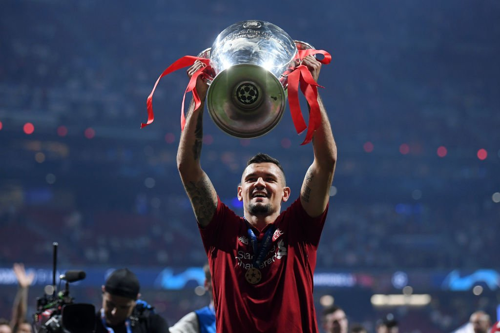AC Milan are reportedly interested in signing Dejan Lovren.All the latest gossip: https://bbc.in/2Wxza3H