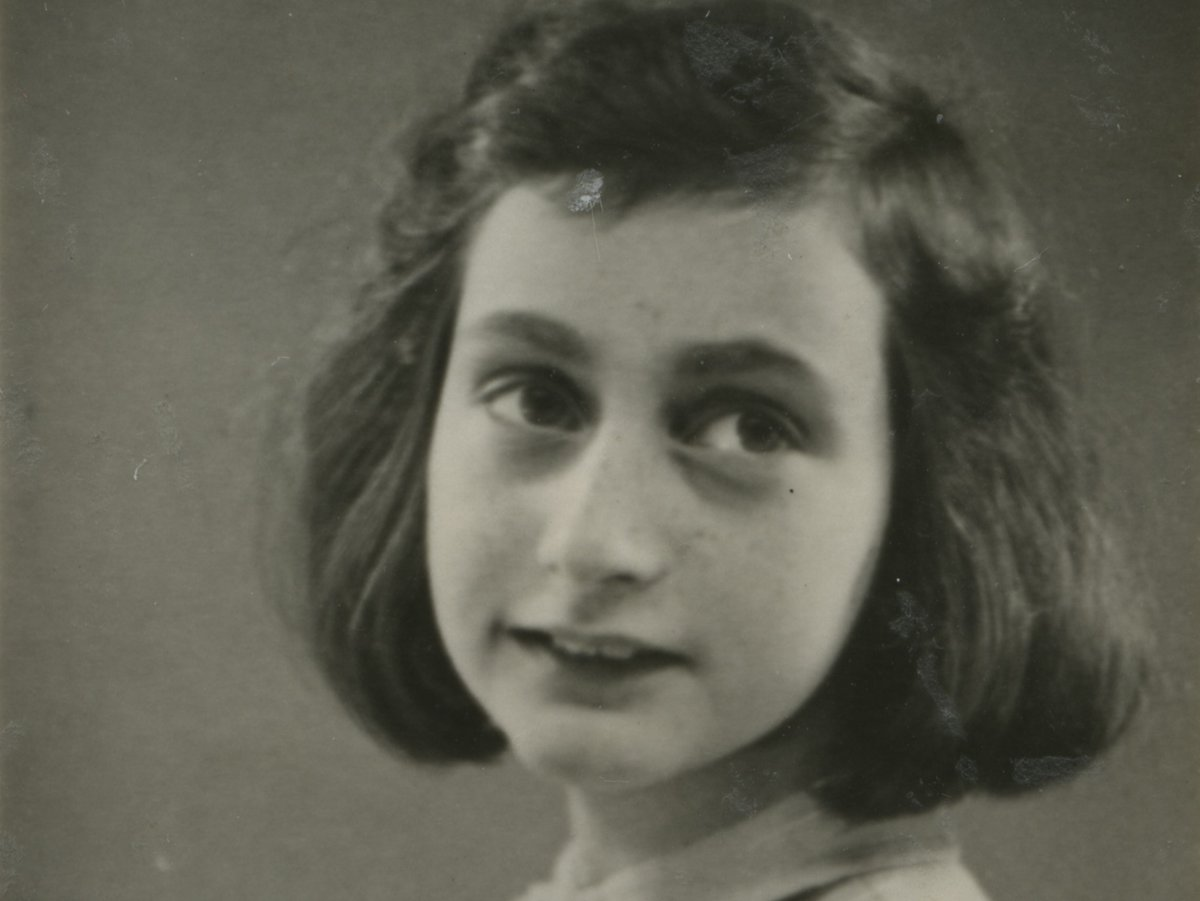 """""""Whoever is happy will make others happy too.""""—#AnneFrank #Anne90"""