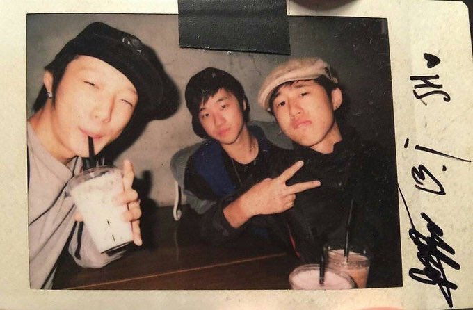 What will happen to our triple kim if hanbin isn't there? Hanbin we need you. #HANBINSTAYWITHUS  #HANBINDONTLEAVEiKON <br>http://pic.twitter.com/tfZblV6g1F