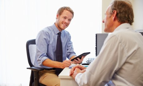 Video #GP surgeries could reduce the need for face-to-face appointments new #research finds. The pilot study led by @EdinburghUni in collaboration with @UniofExeter & @warwickuni is published in the @BJGPjournal http://ow.ly/tO1Z50uC6LC