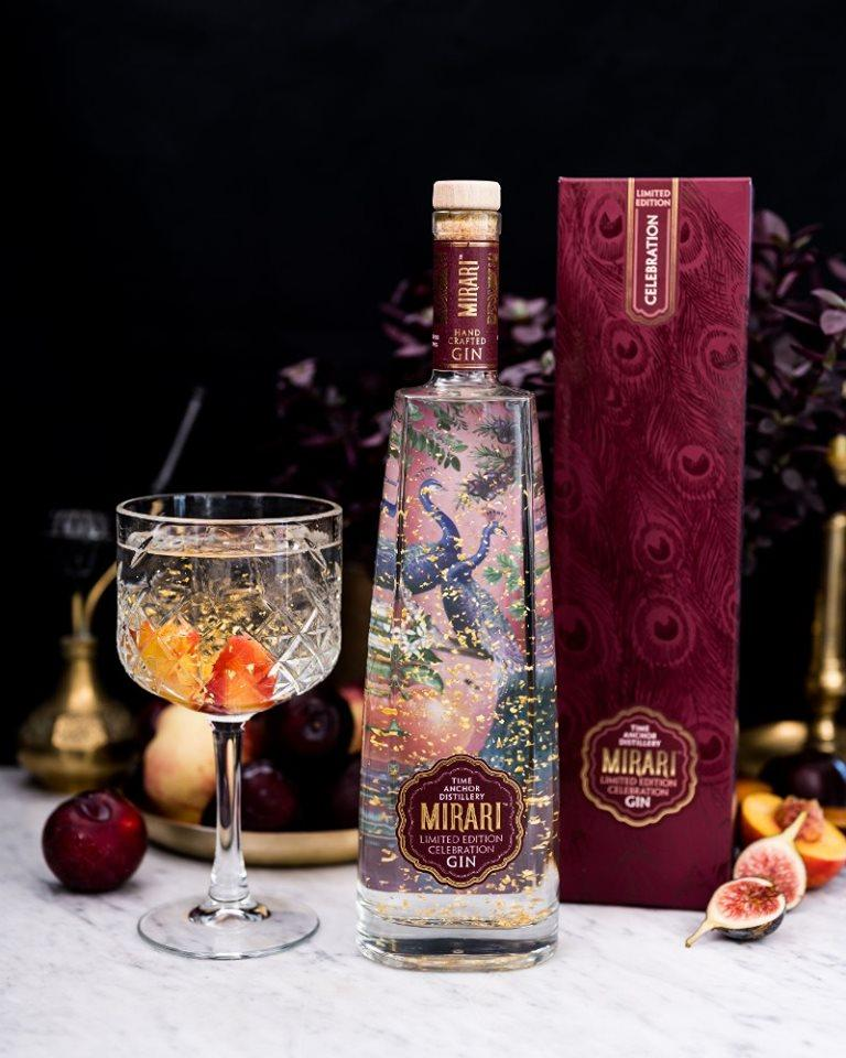 WIN WIN WIN! We have 3 bottles of @mirarigin's limited edition Celebration Gin made with flakes of 23-carat gold to give away. Simply follow @HelloJoburgMag and @mirarigin then like and retweet this post and tag three friends in the comments. Good luck, HJ!