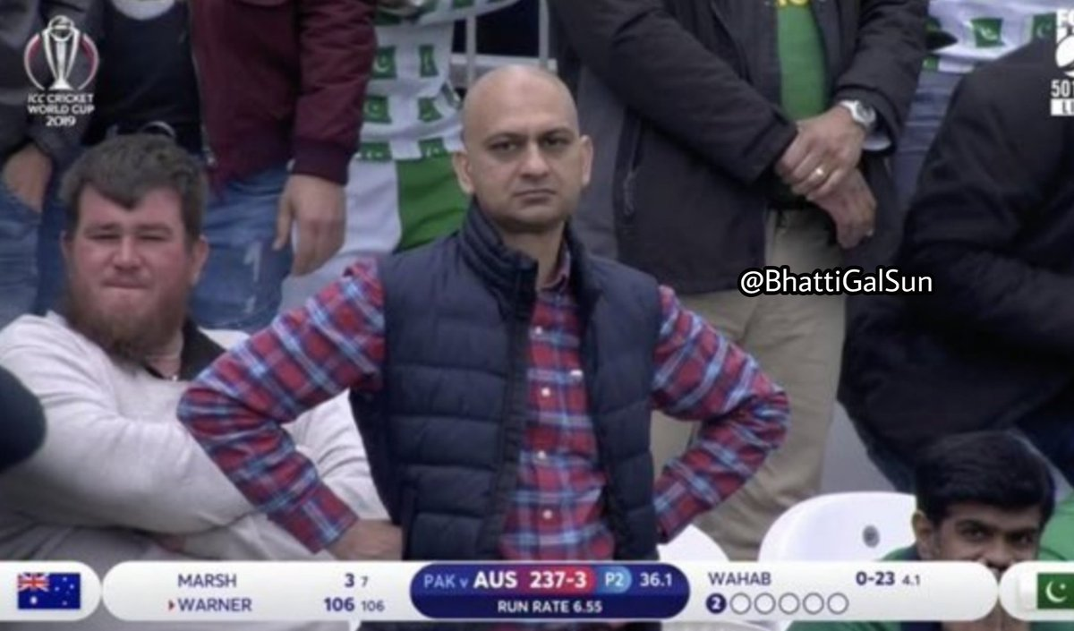 As #Australia's David Warner slashed a wide ball straight to Asif Ali's hands and he dropped it, the camera zoomed in on this #Pakistan fan who was catapulted out of obscurity to become an instant meme-legend. #CWC19 #AUSvPAK #PakvAus #cricket   http://www. arabnews.pk/node/1510186/s port  … <br>http://pic.twitter.com/UoYXNfoClH