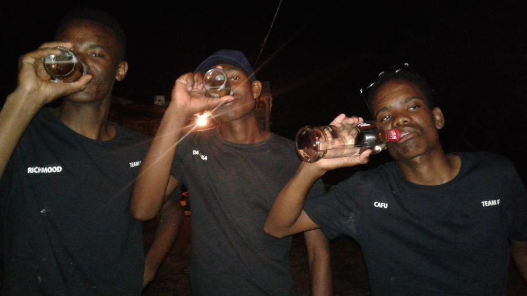 #YouAreSingleBecause YOU MADE YOUR PARTNERS CHOOSE BETWEEN YOU AND ALCOHOL...AND AS FAR AS I'M CONCERNED.... <br>http://pic.twitter.com/kWuvcGieLA