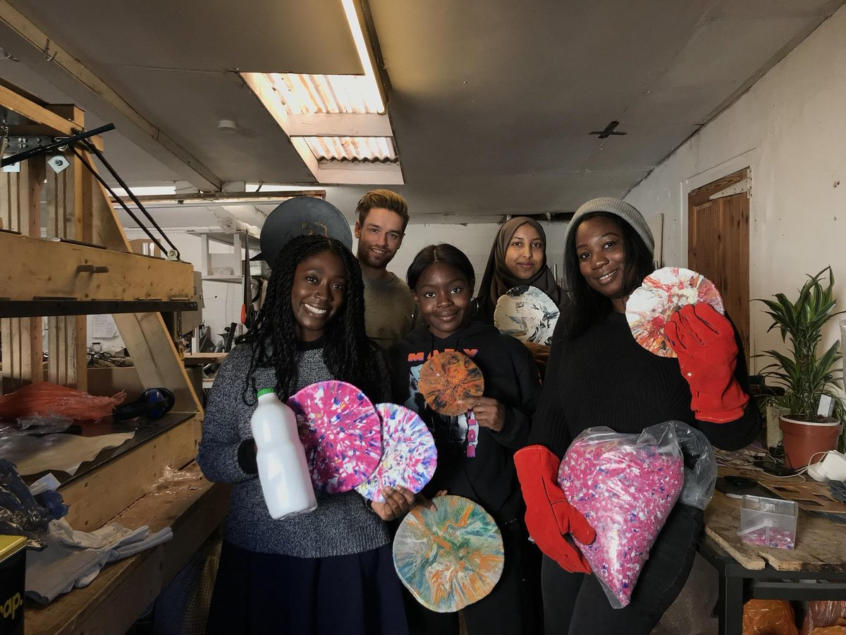 #WhatsOn | How can we transform plastic waste into useful new objects? Join architecture collective @BlackFemArc to learn more about designing with recycled plastic, followed by a visit to the #MakingMemory exhibition. Book now for 29 June > fal.cn/s4kb