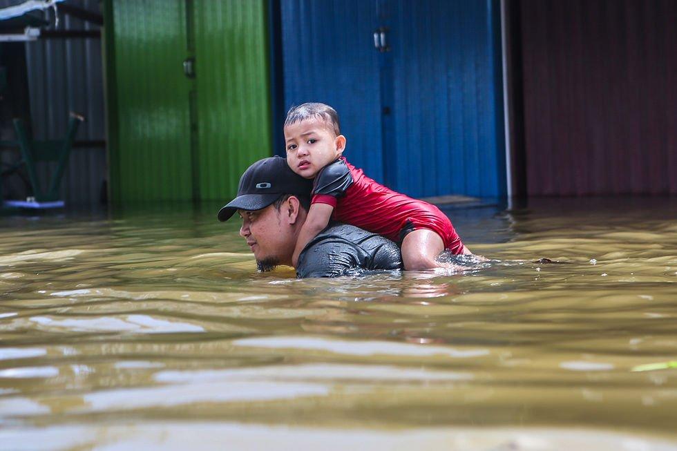 Unduh 5700 Koleksi Gambar Lucu Pawang Hujan Terlucu