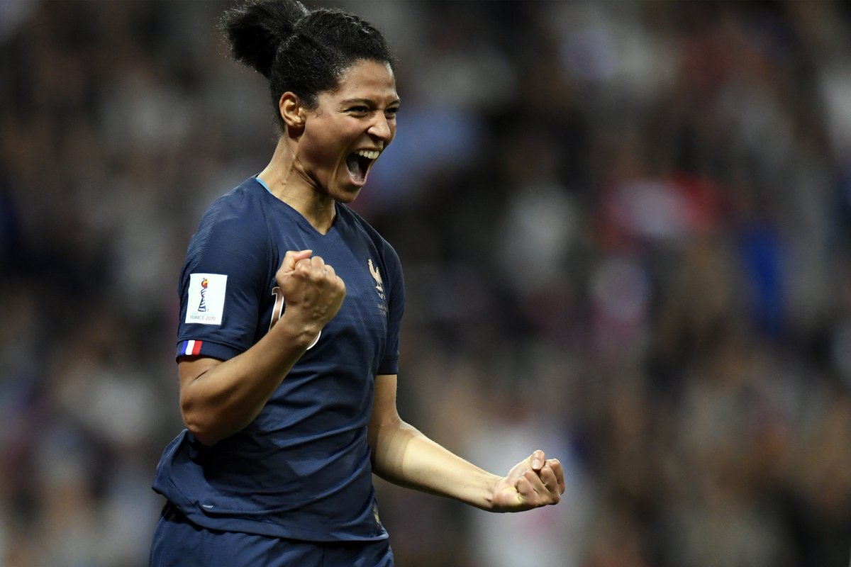 Pure joy!   #FiersdetreBleues #FIFAWWC #FRANOR <br>http://pic.twitter.com/isgZQtYfzQ