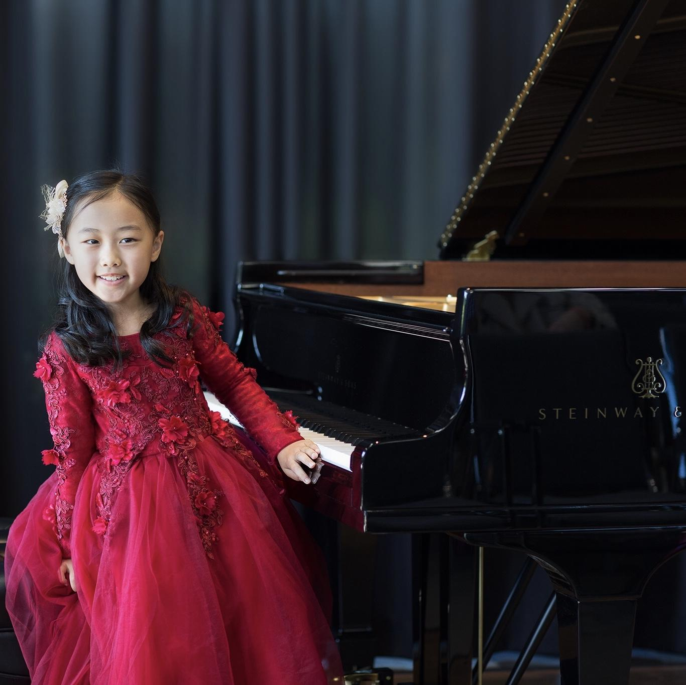 @SteinwayAndSons Follow Congratulations to the winners of the 2019 Steinway Junior Piano Competition! We were delighted to have over 2,000 talented participants ages 18 and under across the U.S. and Canada; we commend the dedication of all involved. -->Showroom results here: steinway.com/misc/steinway-…