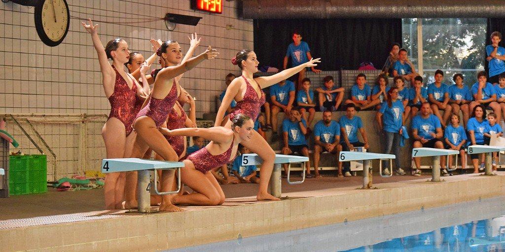 💦 Aquest dissabte 15 de juny teniu una cita amb el nostre equip de #natacioartistica. Us esperem a partir de les 11.00 h a la Piscina Municipal per gaudir del festival de final de temporada de les nostres nedadores #cnmolins #molinsderei #forçamolins #sincronitzada #forçamolins https://t.co/Eda4oAQdpM