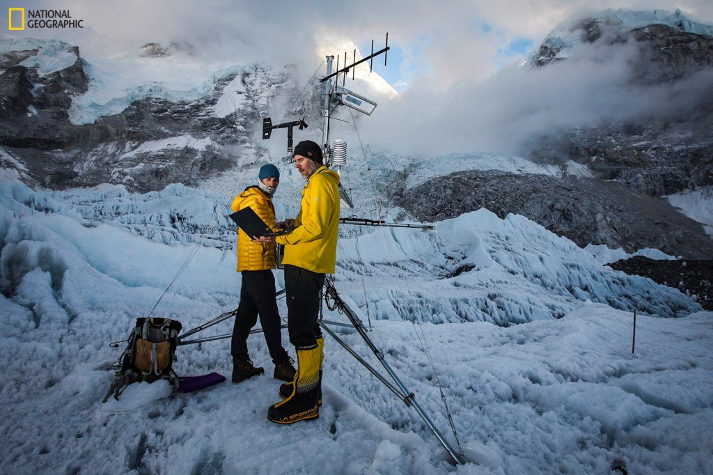Expedition installs highest weather stations on Earth atop Mount Everest https://tcrn.ch/2WHIuql  by @etherington