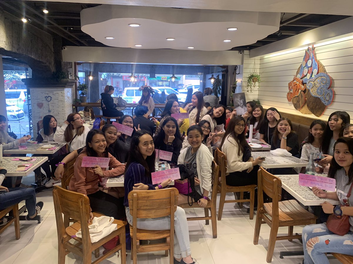 THANK U FOR TODAY GUYS. THANK YOU FOR SPENDING YOUR TIME CELEBRATING BTS' ANNIVERSARY WITH US TOGETHER. FROM WATCHING THE LED TO EATING SAMGYUP NA NAGKASTRESSAN SA BAYAD  TO OUR ENDLESS GOODBYES BEFORE SAKAY NG TAXI PAUWI  LOVE YOU ALL FAM  #6thYearWithOurHomeBTS @BTS_twt<br>http://pic.twitter.com/oKKVaXdYoM