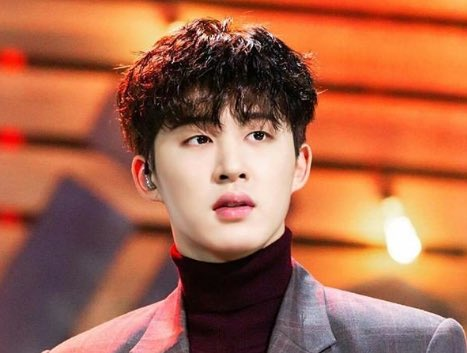 Dispatch ruined this man's beautiful career because 3 years ago he was tempted by drugs. I don't care if you're not an ikonic, we are all human and have limits. BI was strong enough to overcome it, so let's be strong enough to fight YG and Dispatch #SueDispatch #HANBINSTAYWITHUS<br>http://pic.twitter.com/pNnRbIyCNd