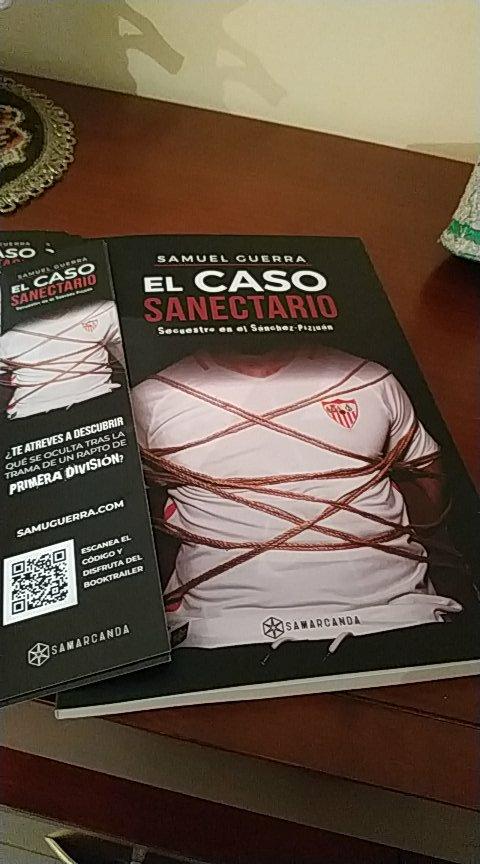 Pues a darle caña al libro de @SamuSVQ muchas gracias por el ejemplar! #ReyesLeyenda