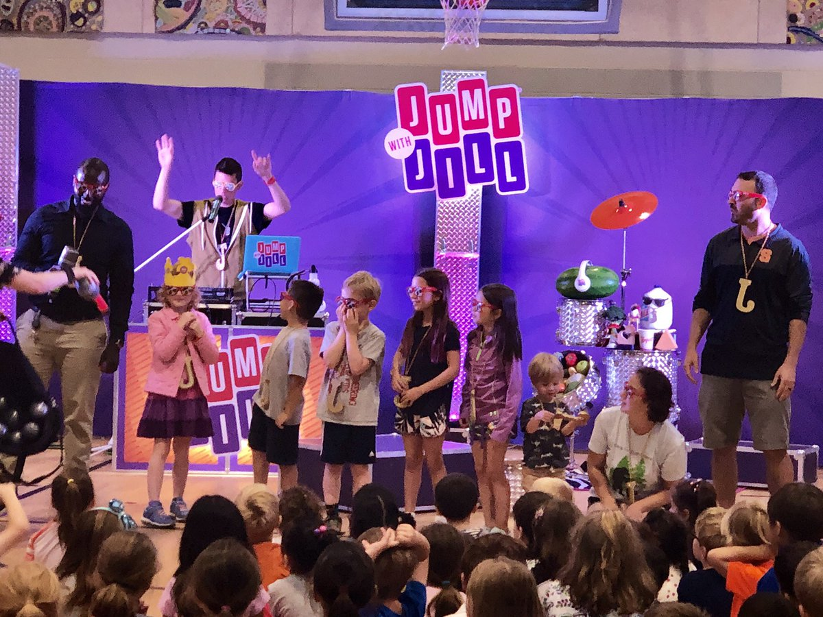 We enjoyed our assembly by <a target='_blank' href='http://twitter.com/JumpwithJill'>@JumpwithJill</a> which taught us to respect our bodies with healthy food choices so we can have energy. Thanks to the support from our <a target='_blank' href='http://twitter.com/JamestownESPTA'>@JamestownESPTA</a> and <a target='_blank' href='http://twitter.com/PEBowles'>@PEBowles</a> &  <a target='_blank' href='http://twitter.com/McCarthyM_JES'>@McCarthyM_JES</a>  for bringing this program to our school. <a target='_blank' href='https://t.co/TYcmnm8vNi'>https://t.co/TYcmnm8vNi</a>
