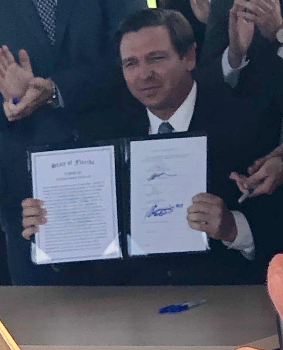 This morning, Governor ⁦@GovRonDeSantis⁩ signed HB 311 by Rep ⁦@JasonFischerFL⁩ and Sen ⁦@JeffreyBrandes⁩ jump starting automated ride-sharing platforms & allowing the Florida Turnpike Enterprise to study AV technology; FL leads the nation thx to our champions
