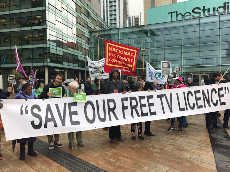 Supporting the @NPCUK protest @MediaCityUK against the end of the free #TVLicence for over-75s, @McrGreenParty & @traffordgreens call for this to stay universal benefit ... no means testing. And for funds to be provided by the government