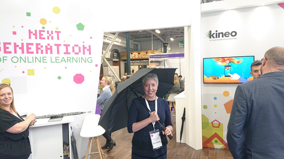#FunTask: 👀 The first fifteen people to visit our joint @The_OxfordGroup Stand (F20), asking for Paul; quoting the following Next Generation Learning wins a free unbrella. 🤗 #FestivalofWork @CIPD