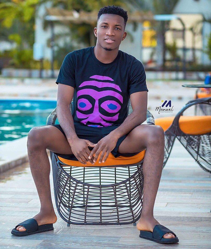 Wow 😲! Not Just A Great Voice, But Beauty Too. @KinaataGh I Like This Photo #TeamMoove #ALPHA #ASPROMISED #NigeriaNews #NigeriaMusic #GhanaNews #GhanaMusic #JoyNews #JoySMS #BETAwards #FIFA #MUFC