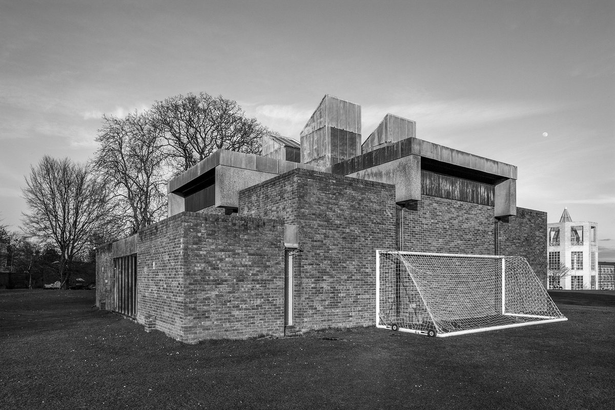 The Chapel at Churchill College, Cambridge University, Sheppard Robson, 1967    Photo: Simon Phipps #findingbrutalism<br>http://pic.twitter.com/ZiOi2mOal5