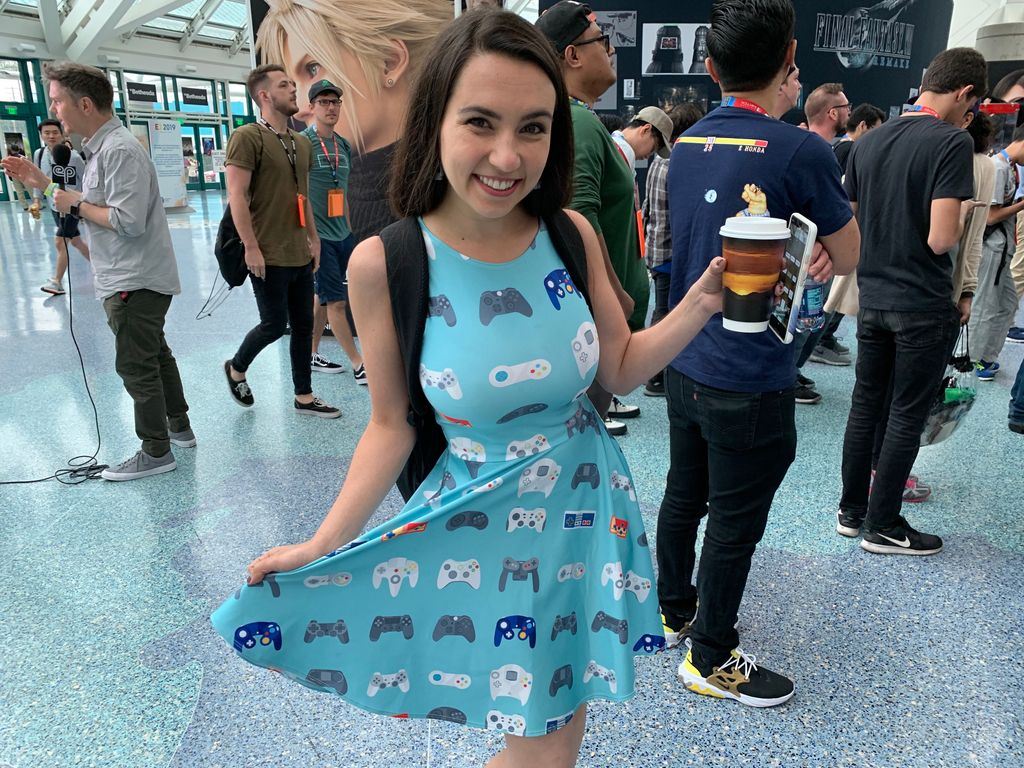 @thatgrltrish rocking an amazing videogame controller dress to E3! Not pictured: Super Mario Bros. cartridge earrings! #E32019