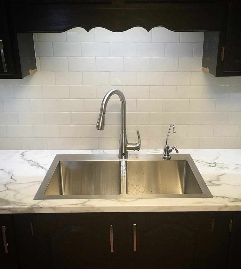 Another pride and joy of ours! A double square stainless steel sink. Available on our website! #Bristol #stainlesssteel Thanks East Coast Countertops for the image! <br>http://pic.twitter.com/UYeX4lEtY3
