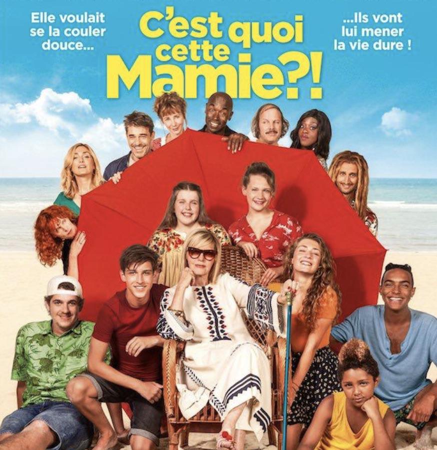 """👵""""C'est Quoi Cette Mamie ?! """" débarque le 7 août !⛱avec  @chantalladesouO @Lucien_JBaptist #JulieGayet #ThierryNeuvic @ariedecasa #PhilippeKaterine #JulieDepardieu ✨ @ugcdistribution @TF1Studio #AtoutBientot💕"""