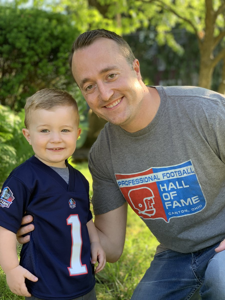 bd4586df87e61 Last Minute Father's Day Gifts available at the Pro Football Hall of Fame  Store! Receive free shipping on all orders, use the code: DADSDAY19 at  checkout.