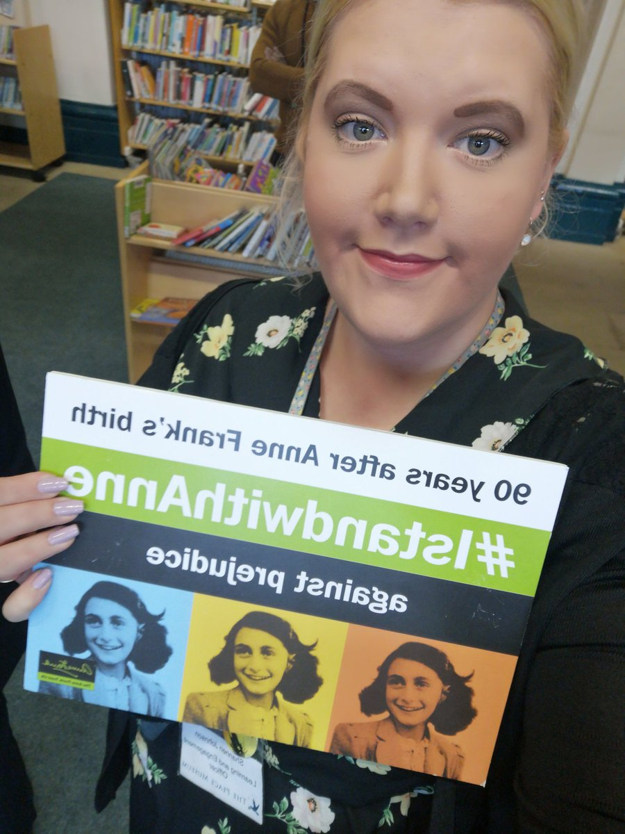 #IStandWithAnne (the text is back wards I know!) #AnneFrank90 @AnneFrankTrust<br>http://pic.twitter.com/egw33djt9c