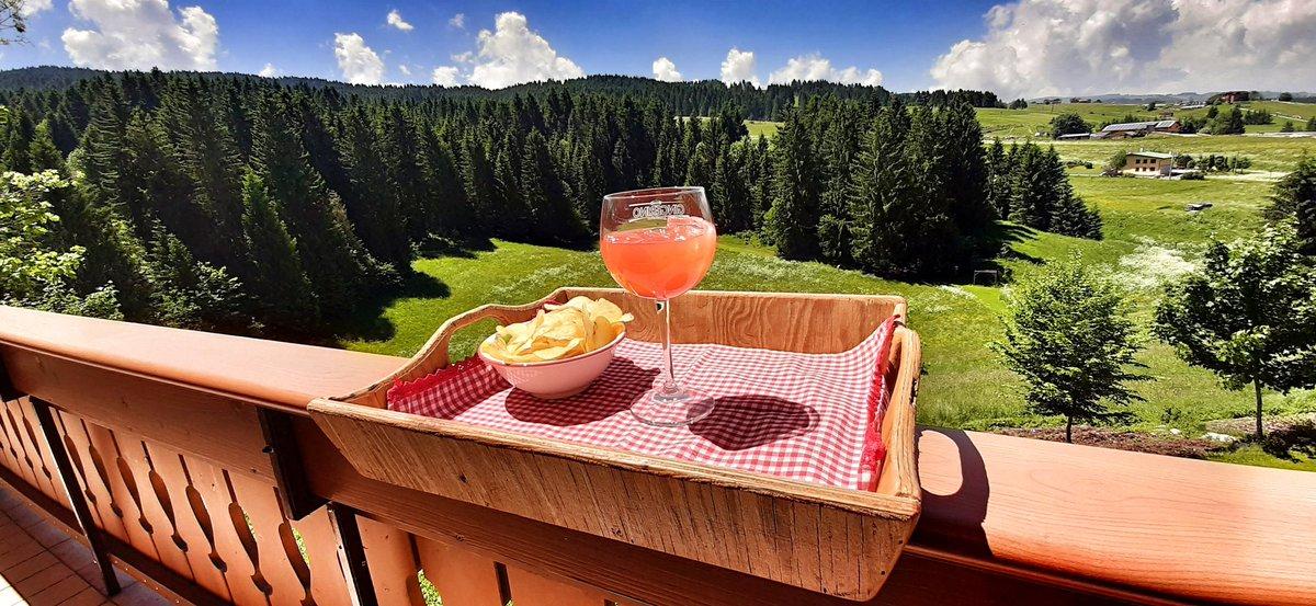 RT @pizzo_76: Salutare #Asiago e il suo verde con l'aperitivo degli gnomi 😁😁 next is #ValdiFiemme #travel #montagna https://t.co/CYtDTZEHM7