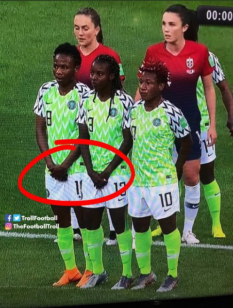 I don't understand.  @Kindwale101 do they have balls too? #FIFAWWC  #SuperFalcons <br>http://pic.twitter.com/ZRvLyoiZwH