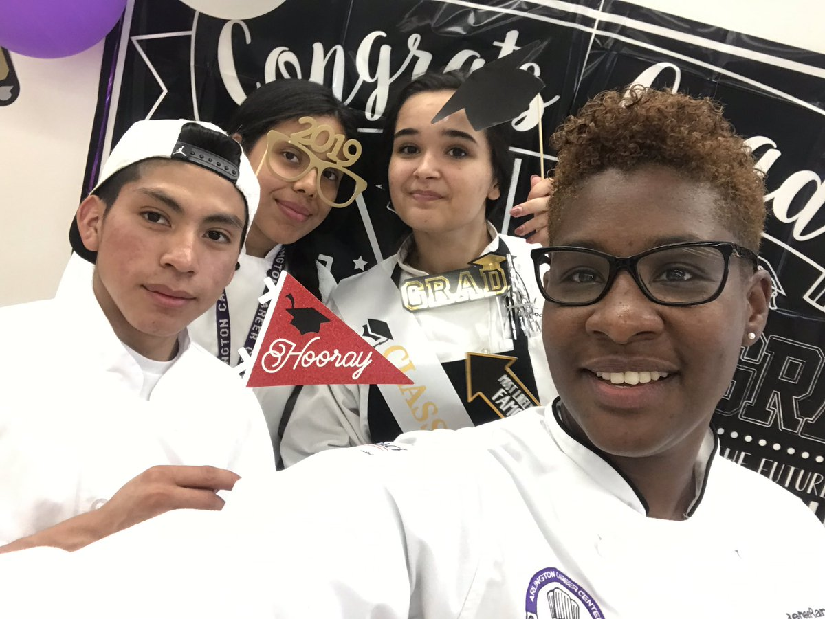 So proud of my <a target='_blank' href='http://twitter.com/ACC_Culinary'>@ACC_Culinary</a> graduates 🎓. <a target='_blank' href='https://t.co/H1d1wER8HW'>https://t.co/H1d1wER8HW</a>