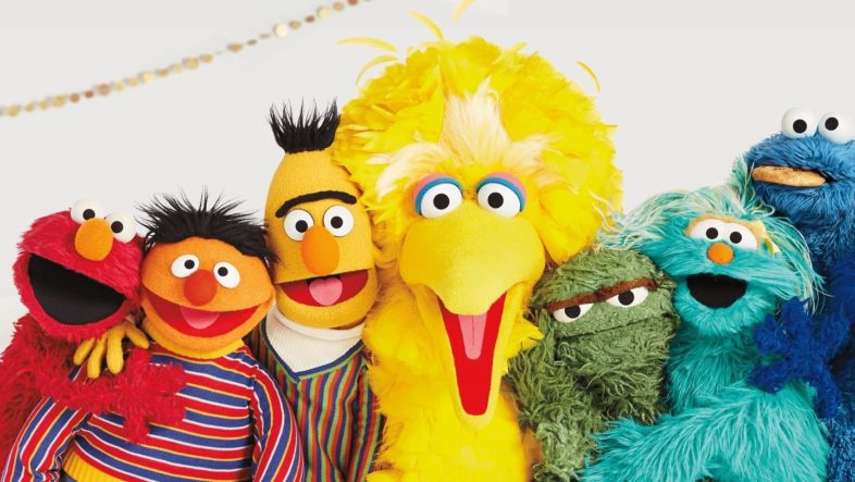 Anne Hathaway's 'Sesame Street' Will Now Begin Filming April 2020 thegww.com/anne-hathaways…