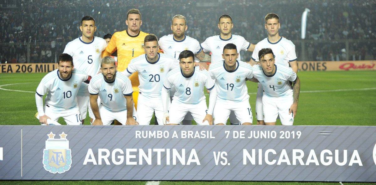 ⚽️ De los 23 convocados de @Argentina 🇦🇷 para la @CopaAmerica, 16 jugaron el certamen integrador  ✅ Además, dos de ellos fueron campeones   Ingresá al siguiente link y repasá la historia de cada uno de ellos en la #CopaTOTALArgentina 👇  https://www.copaargentina.org/es/news/8697_La-Seleccion-de-la-Copa-America-con-experiencia-en-la-Copa-Argentina-la-jugaron-16-de-los-23-convocados.html…